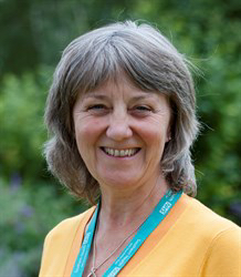 Lynne Hunt 3.jpg